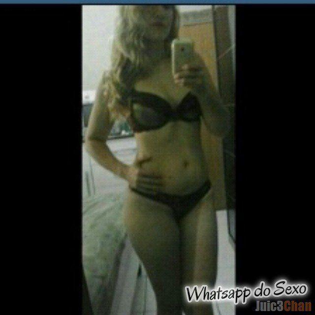 Loira muito puta caiu no whatsapp se mostrando pelada no espelhos e instagram (32)