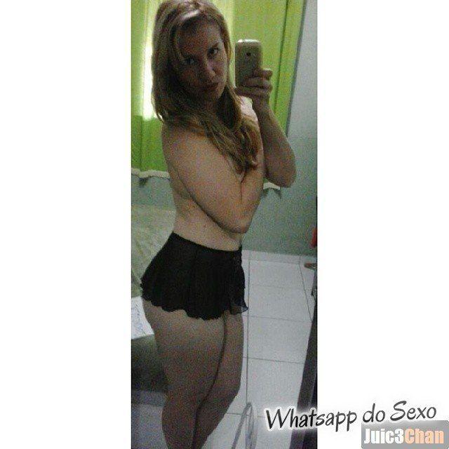 Loira muito puta caiu no whatsapp se mostrando pelada no espelhos e instagram (50)