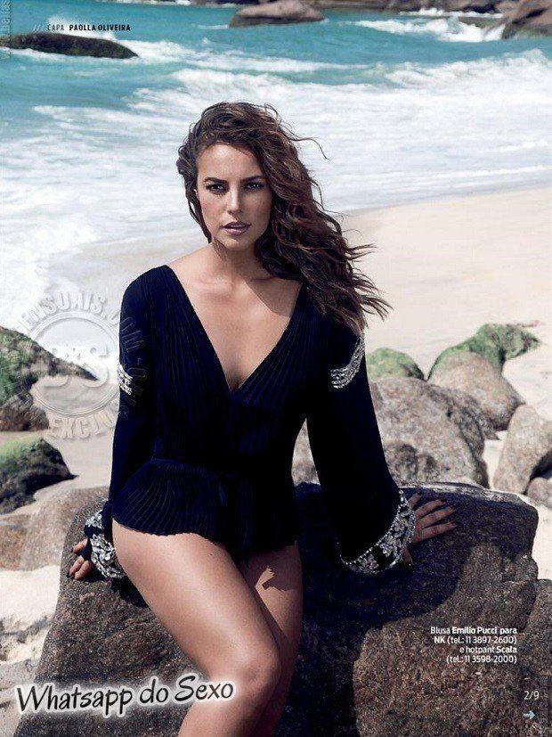Gostosa Paolla Oliveira posando para a revista como a mulher mais sexy do mundo (45)