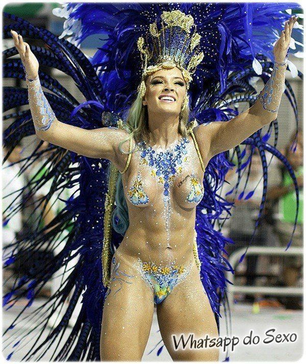 gostosas semi nuas desfilando no carnaval no Brasil confira agora mesmo (22)