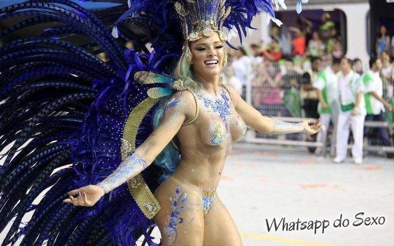 gostosas semi nuas desfilando no carnaval no Brasil confira agora mesmo (24)