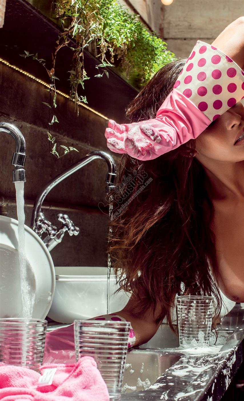 Nuelle Alves peladinha na revista masculina playboy (18)