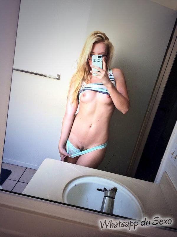 Samantha Rone em fotos super amadoras de atrizes porno muito piranhas (4)