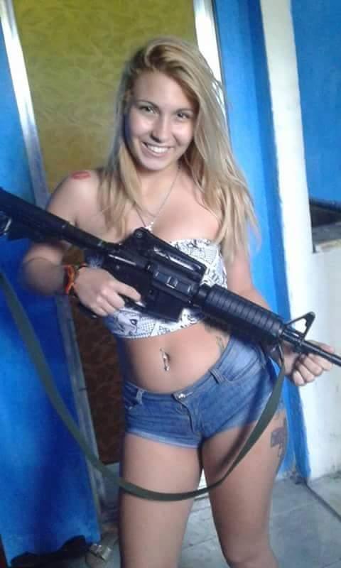 Caiu na net gostosa da favela de Niterói – RJ