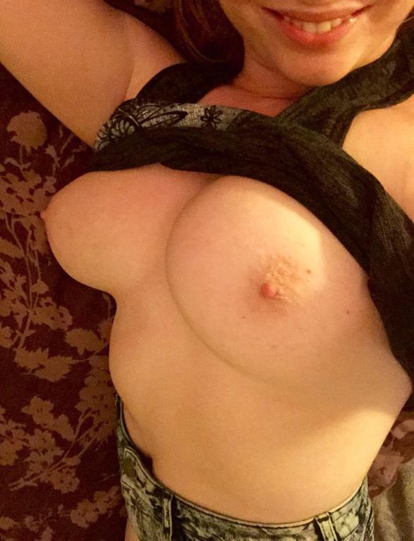 Fotos de Nudes novinha peituda (6)
