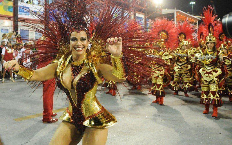 Fotos da Viviane Araújo nua pelada no carnaval (13)