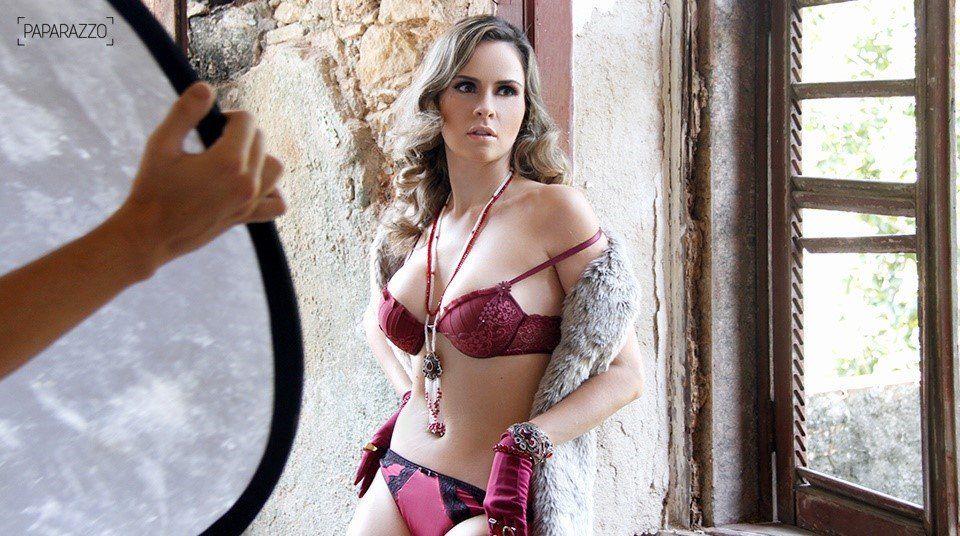 Ana Paula ex BBB 16 nua na Revista Paparazzo (5)