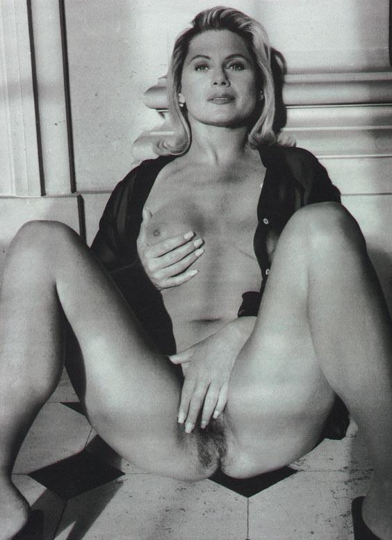 Vera Fischer pelada nua na revista Playboy (16)