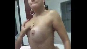 Fabiola Caiu na Net Fazendo as Unhas no Motel