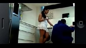 Marido Flagra Esposa Safada Brincando com Enacanador