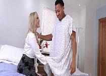 Medica milf do tube porno fodendo com paciente moreno